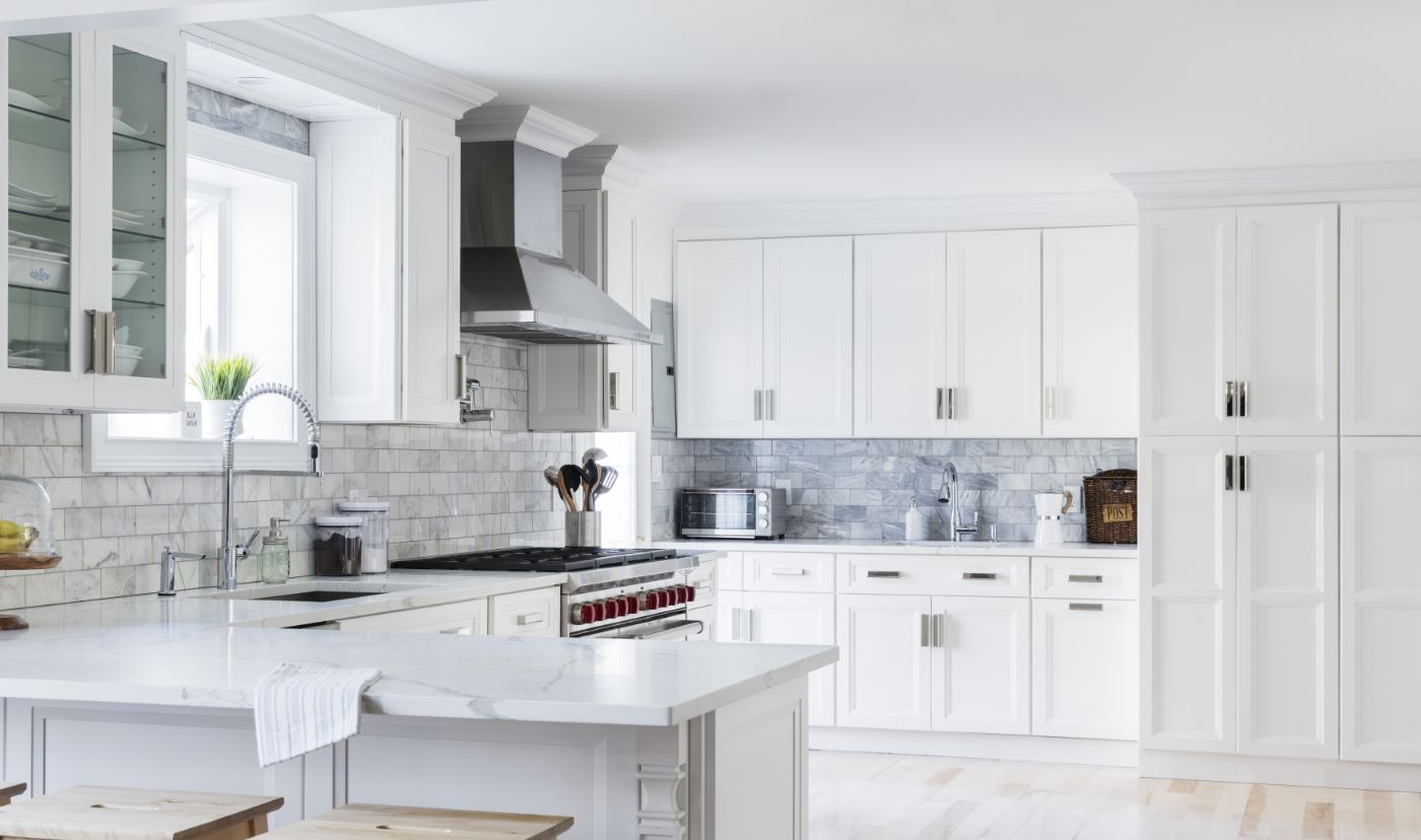 11 Best Kitchens With White Cabinets On Instagram