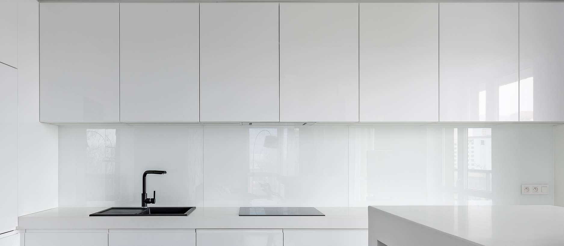 high gloss white paint for kitchen cabinets